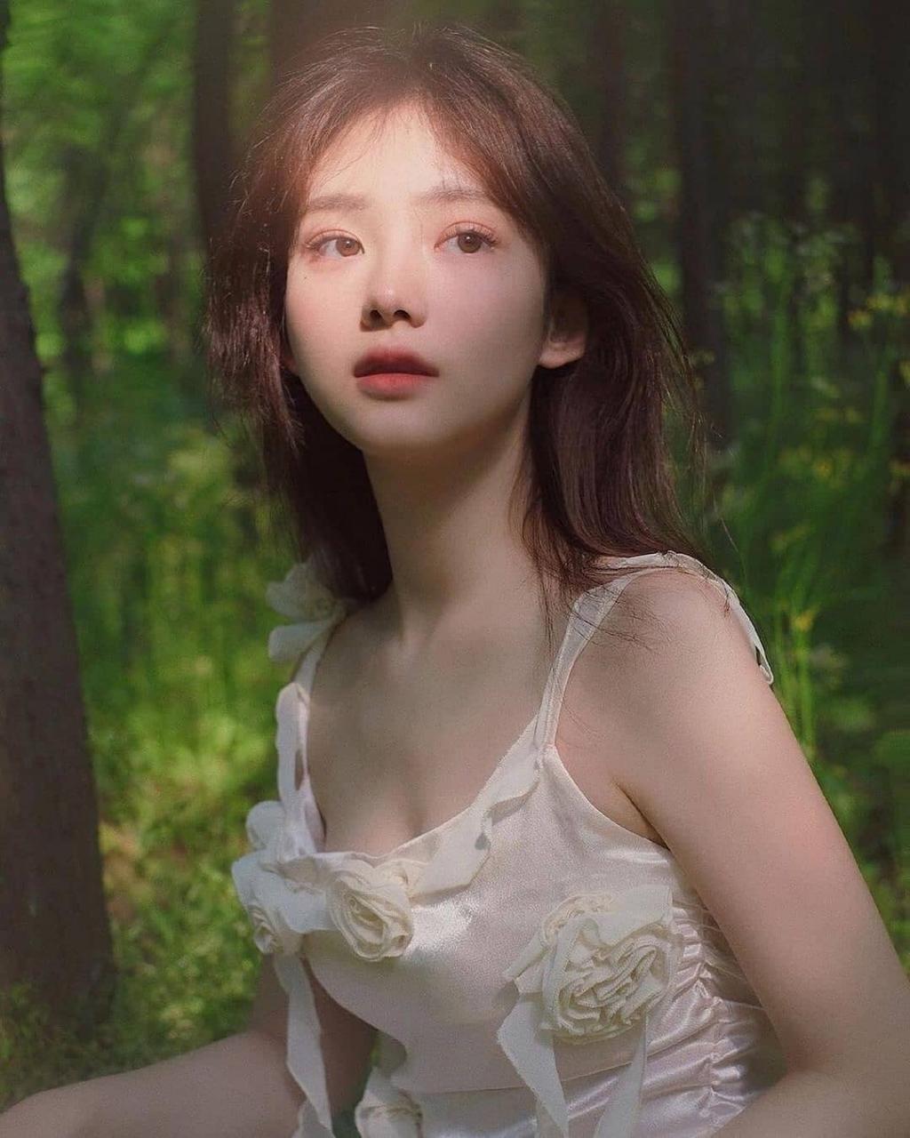 游弋在森林里的白雪公主