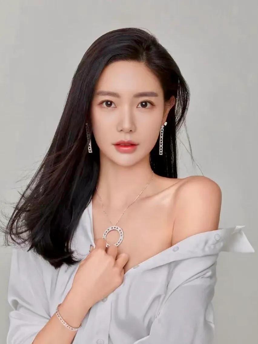号称亚洲第一美女